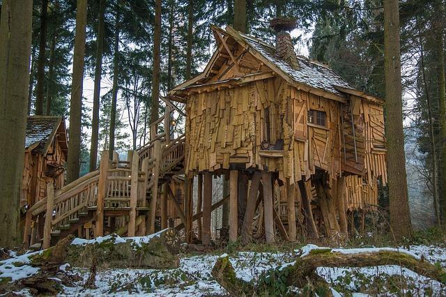 Ferien-Kurzurlaub-Baumhaus